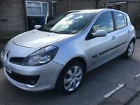 Renault Clio 1.4 diesel 57 plate only £30 1 year road tax