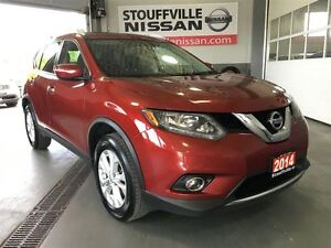 2014 Nissan Rogue SV Sunroof and Heated Seats Nissan CPO Low Rat