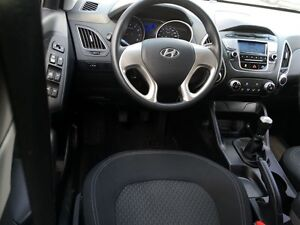 2013 Hyundai Tucson Show Room Condition *Rare Manual Transmissio Kitchener / Waterloo Kitchener Area image 13
