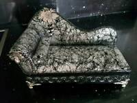 VINTAGE JEWELLERY BOX CHAISE LOUNGE