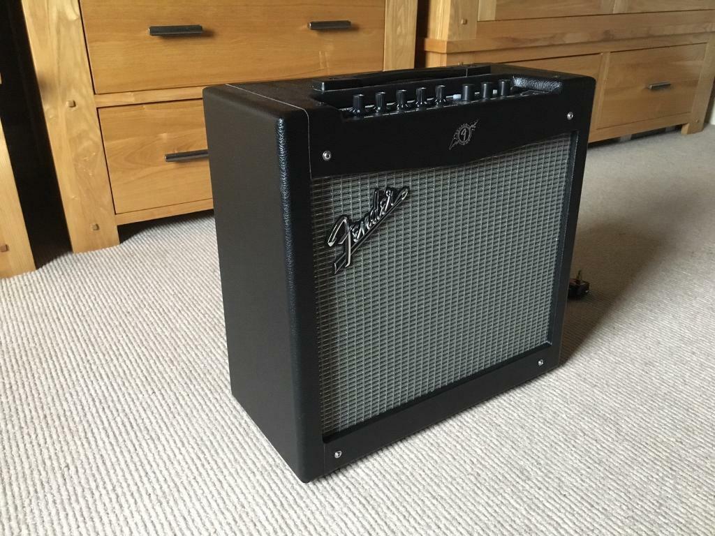 fender mustang ii v 2 1x12 modelling guitar amplifier amp in wigan manchester gumtree. Black Bedroom Furniture Sets. Home Design Ideas