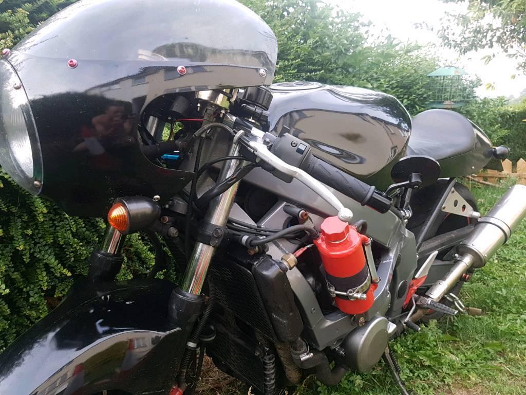 Kawasaki Zzr Cafe Racer Style Motorbike 600