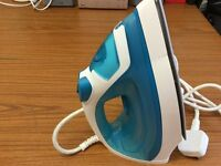 Hardly used philips steam Iron in very good condition