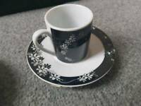 Set of 4 Black & White Espresso Coffee cup and saucer