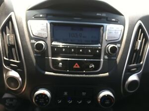 2013 Hyundai Tucson Show Room Condition *Rare Manual Transmissio Kitchener / Waterloo Kitchener Area image 16