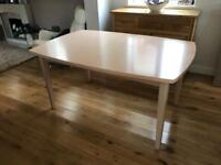 Extendable table with 4 matching chairs