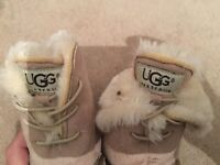 Genuine UGG boots for baby size EU 18
