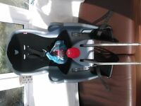 CHILD'S REAR BICYCLE SEAT IN EXCELLANT CONDITION