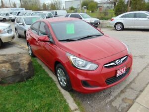 2012 Hyundai Accent 4 DOOR