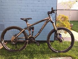 Trek Remedy 7 like New has had 50 rides needs a good home