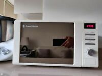 Microwave - Russell Hobbs cream colour