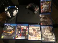 PS4 consol , controller & 6 games