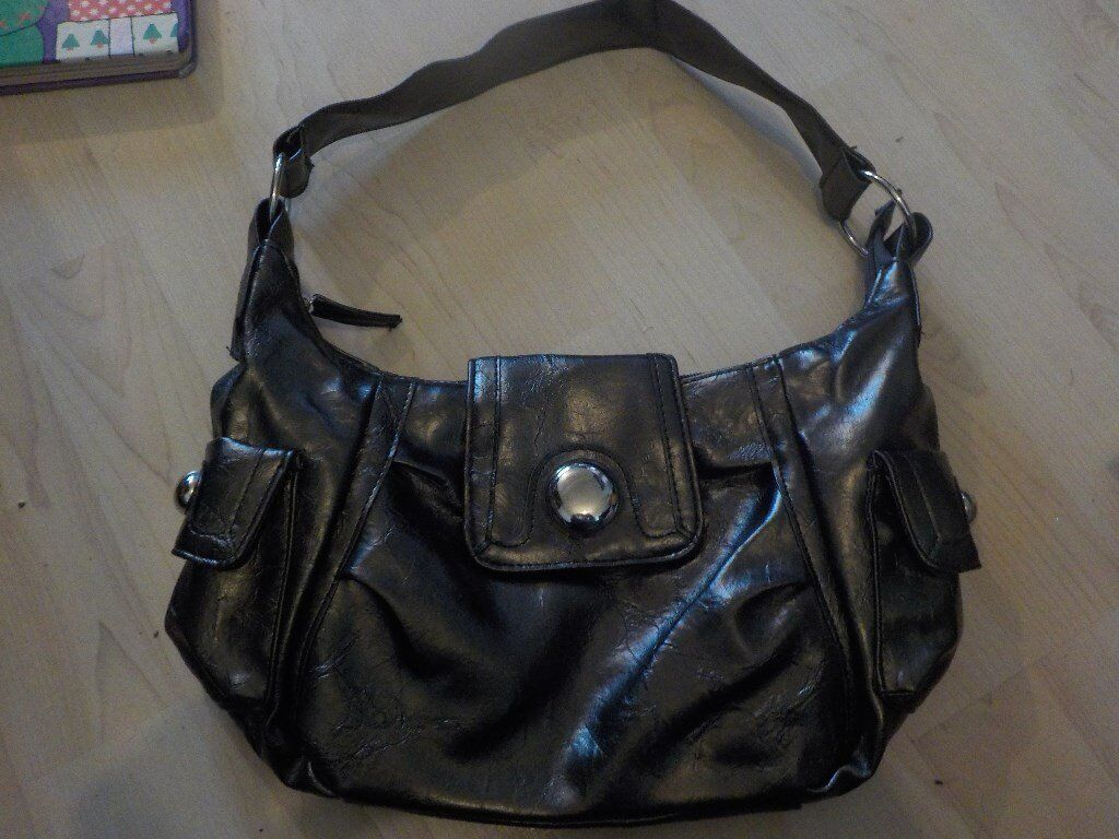 Ladies M & Co Hand Bag - Never been Used - Collect PE27
