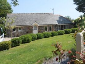 One Bed Pretty Stone Cottage - Short Term Let Nr Kilgetty
