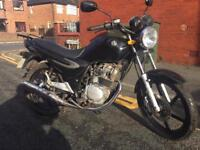 Sym125 xs 2011 12 months mot ready to ride away may px