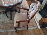 Reproduction Dining table with 6 chairs