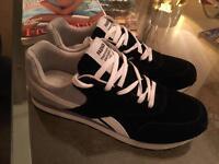 Black Men's Sneakers Trainers Brandnew 9.5 44