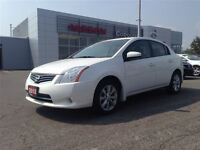 2012 Nissan Sentra 2.0 Low kms, Extra clean!