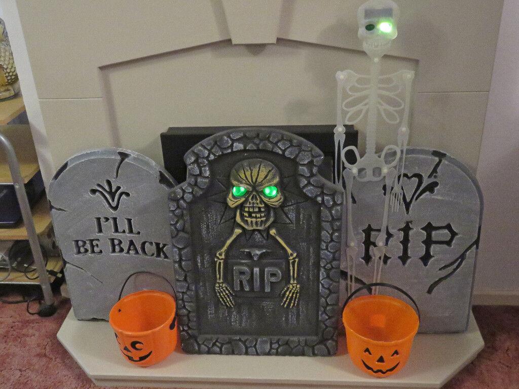 Halloween Large Polystyrene Gravestones + Pumpkin Buckets & Large Skeleton