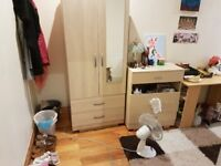 DOUBLE ROOM TO RENT HACKNYE-CLAPTON £125Pw ALL BILL INKLUDED 3 MIN WALK TO OVARGRAUD