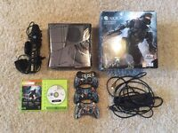 Xbox 360 Special Edition Halo 4 boxed plus Kinect plus controllers plus games