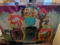 Enchantemals large tree house playset brand new