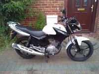 2015 Yamaha YBR 125 motorcycle, low miles, very good runner, learner bike, japanese like cbf cbr,,,,