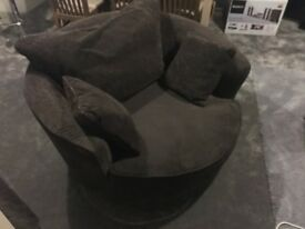 Circular snuggle chair