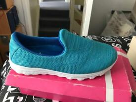 Ladies shoes size 7 brand new