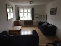 TOP FLOOR 2 BEDROOM APARTMENT WITH NEWLY INSTALLED KITCHEN, £ 550 PER MONTH, AVAILABLE IMMEDIATELY