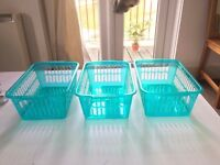 3 plastic storage containers