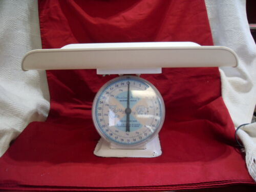 VINTAGE AMERICAN FAMILY NURSERY SCALE BABY SCALE 30 LBS #3877