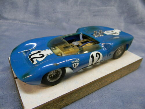 1/24 SCALE VINTAGE RUSSKIT 1965 BLACK WIDOW LOLA T-70 BLUE RTR 4WD SLOT CAR #2