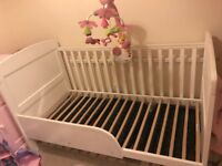 OBaby Grace cot bed white