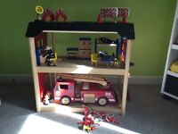 wooden fire station toy set