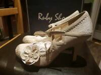 Ladys size 8 ruby shoes