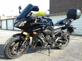 YAMAHA FAZER 8 ABS FANTASTIC CONDITION, LOW MILES !