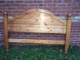 Solid Pine wood Headboard