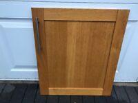 Wooden kitchen unit doors with handles