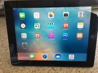 iPad V3 16GB in black and silver