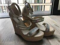 Aldo sandals, never been worn. size 3