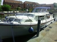 boat Ocean 30 , 32 ft loa (with bathing platform)