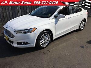 2015 Ford Fusion SE, Automatic, Navigation, Leather, Back Up Cam