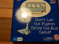 "AGE 3 - 7 KIDS BOARD GAME "" DON'T LET THE PIGEON DRIVE THE BUS "" University Games - Learn Play"