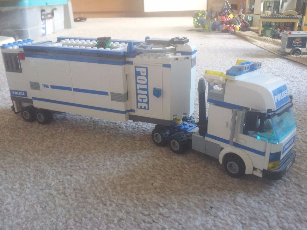 Lego City Mobile Police Unit 60044 Good Condition Box And