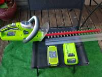 24V GREENWORKS CORDLESS HEDGE TRIMMER