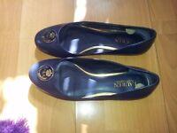 Ladies Ralph Lauren designer flat shoes size 6