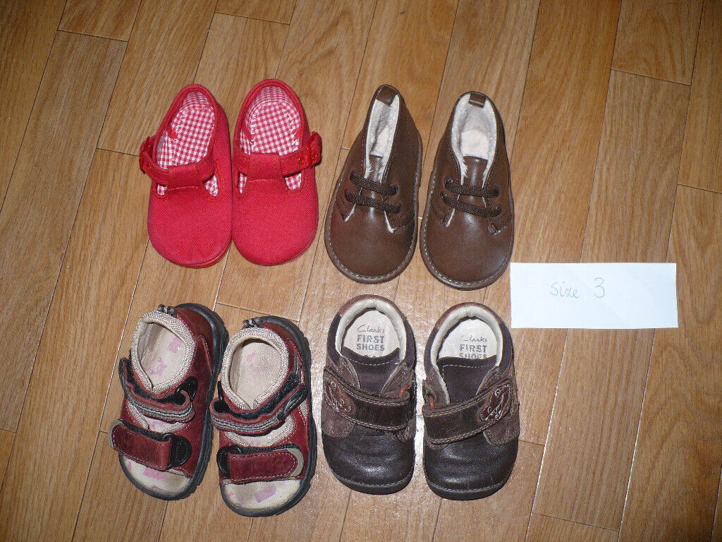 2cc282cc6a8 Bundle of 5 baby boy first shoes size 3  Clarks