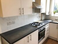 4 BED FLAT AVAILABLE IN BURNT OAK THE BROADWAY