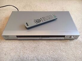 Sony DVD Player R1 & R2 + 58 R1 DVDs Star Wars Die Hard Matrix LOTR